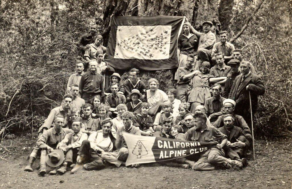 1917 CAC Members with Flag for service-men and -women.